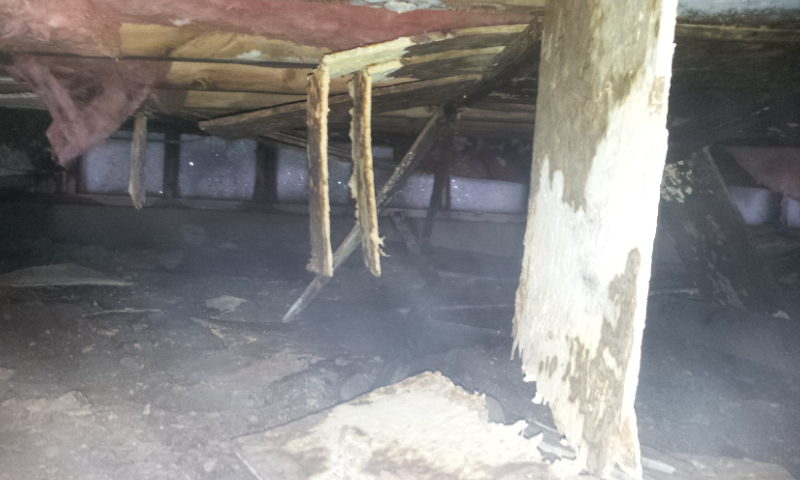 An insulated crawlspace